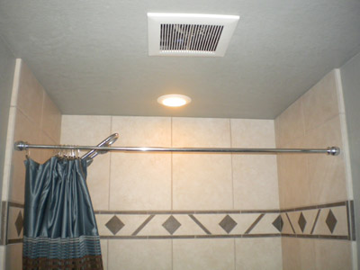 Room with shower curtain
